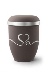Natural & Biodegradable Urns
